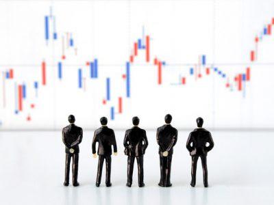なぜ上下するの?株価の決め方と変動する要因